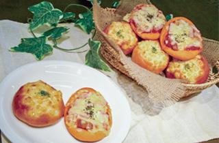 トマトパン/コーンマヨネーズパン