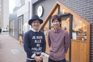 1位受賞の中田さん(右)と卒業生でオーナーの竹内さん(左)